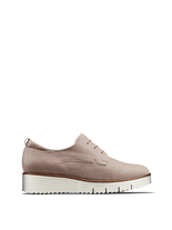 Hayle in nude pink leather has a derby silhouette, chunky sole and lace up design.