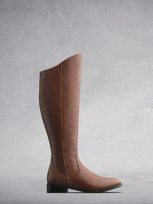 Huntsman Tan Leather - Flat, knee-high classic leather riding boots.