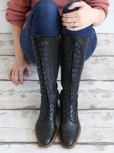 The black lace up front allows the boot to be tailored to each ankle shape.