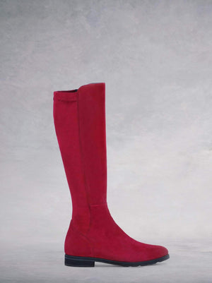 Crest Red Suede - Pointed flat boot with stretch panel.