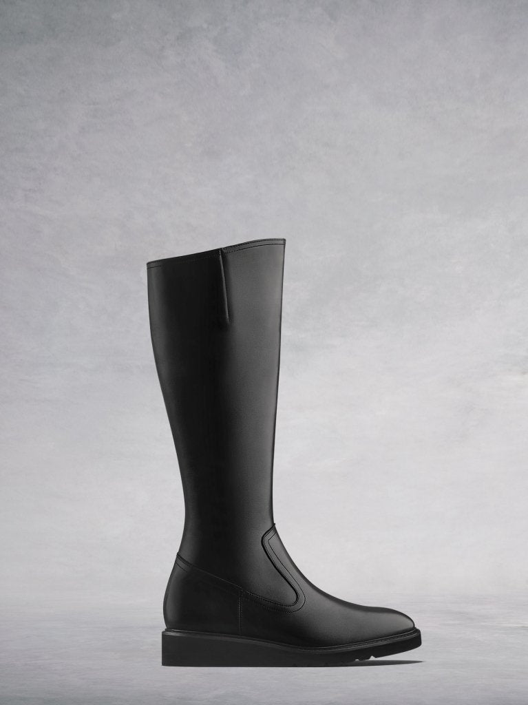 Musgrave Black Leather - Sporty knee-high boots.