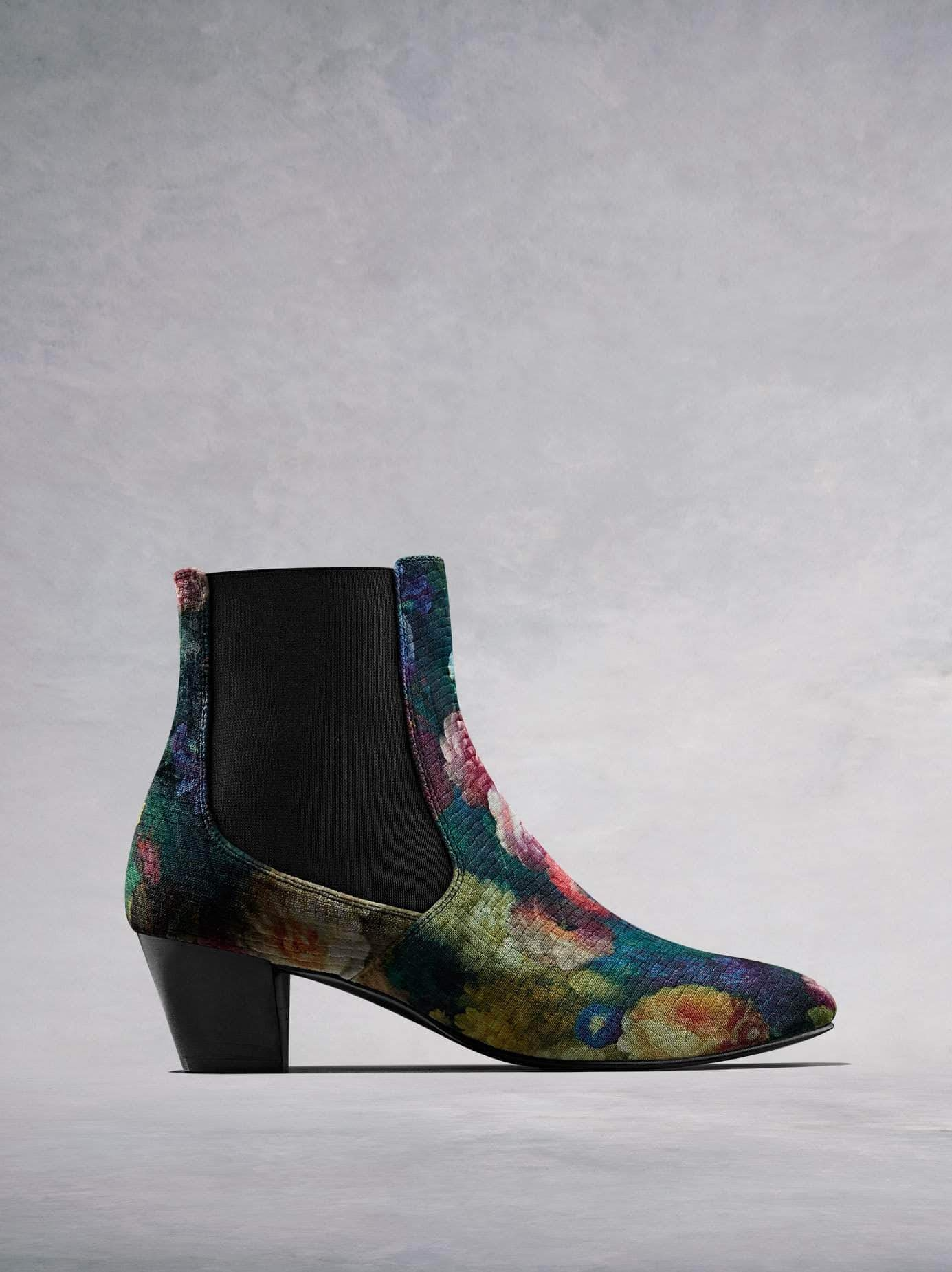 Our Edison Chelsea boot comes in a stand-out embossed floral velvet and features a directional soft chisel toe and slim, low Italian heel.