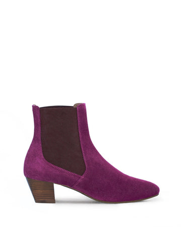 Edison Fuschia Pink Suede - A classic yet modern Chelsea boot.
