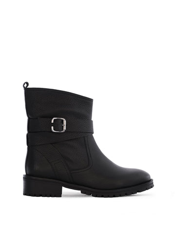 Fete Black Leather - Pull on, biker-style ankle boots with tread sole
