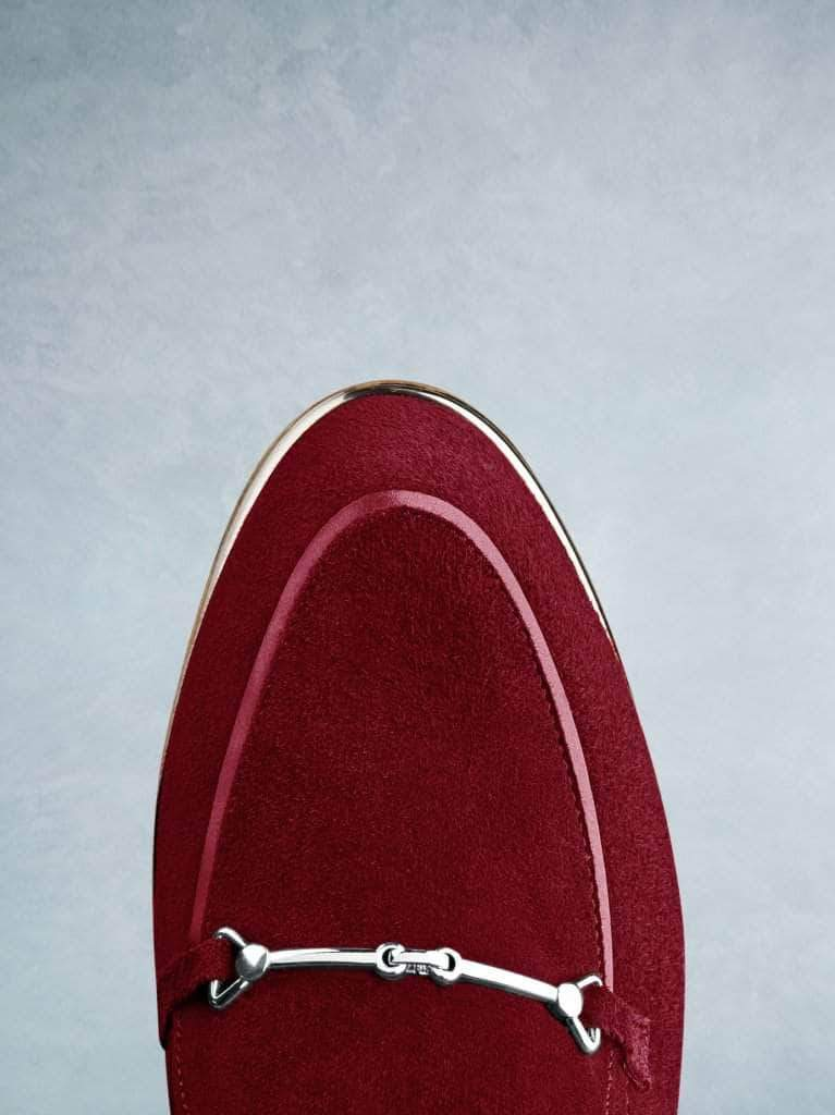 This Fistral in red suede features a gentle almond toe shape.
