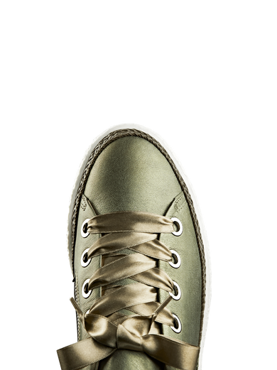 Harlyn, featuring interchangeable khaki ribbon and cotton laces to suit you.