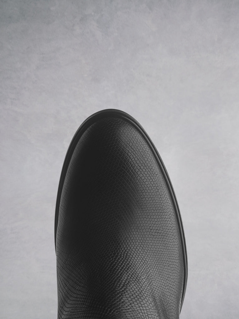 Ryton - Black Lizard Embossed Leather