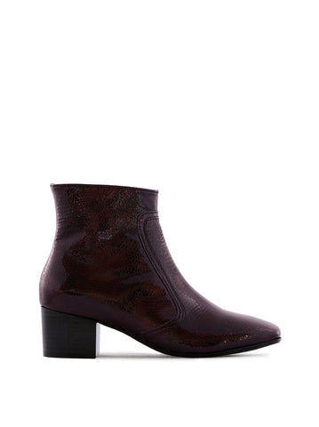 Shimmer Burgundy Lizard Patent Leather - Low-heel ankle boots with square toe.
