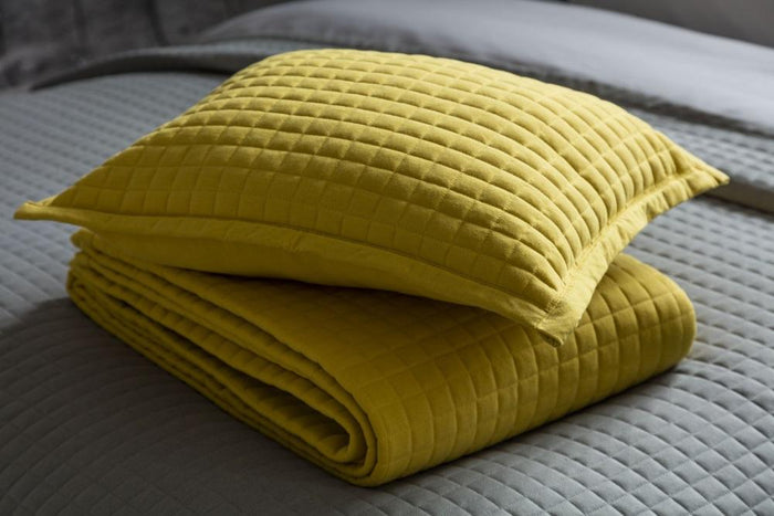 Throws, Belledorm, Belledorm Crompton Quilted Throw - from thebeddingbox.co.uk
