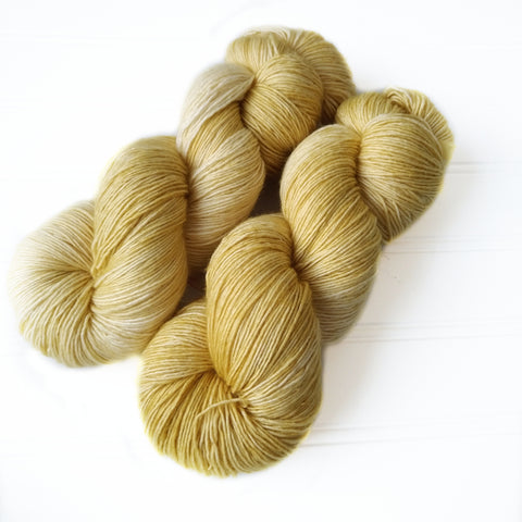 Single Ply Sock/Fingering Weight - Soft Wheat