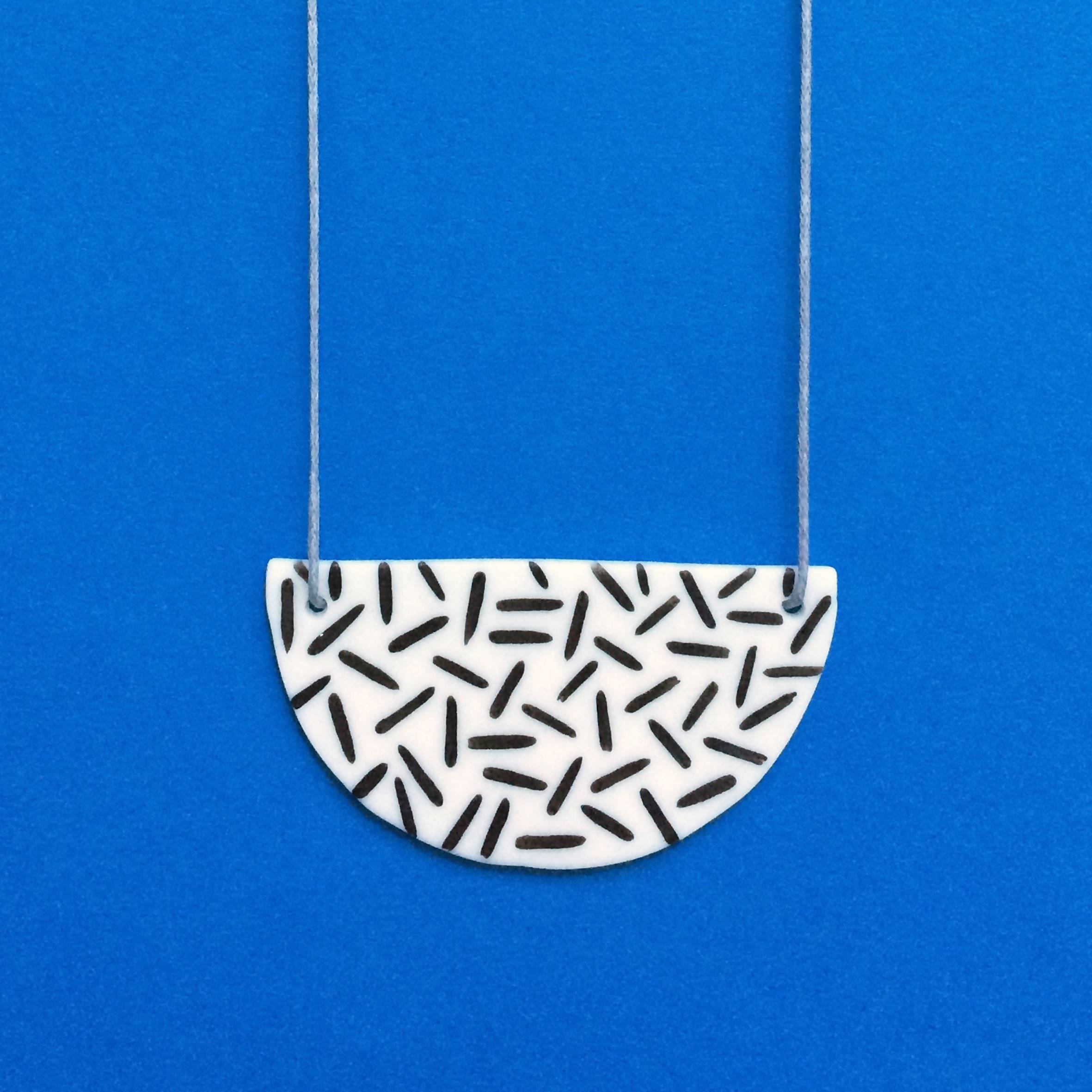 Dash Ceramic Necklace