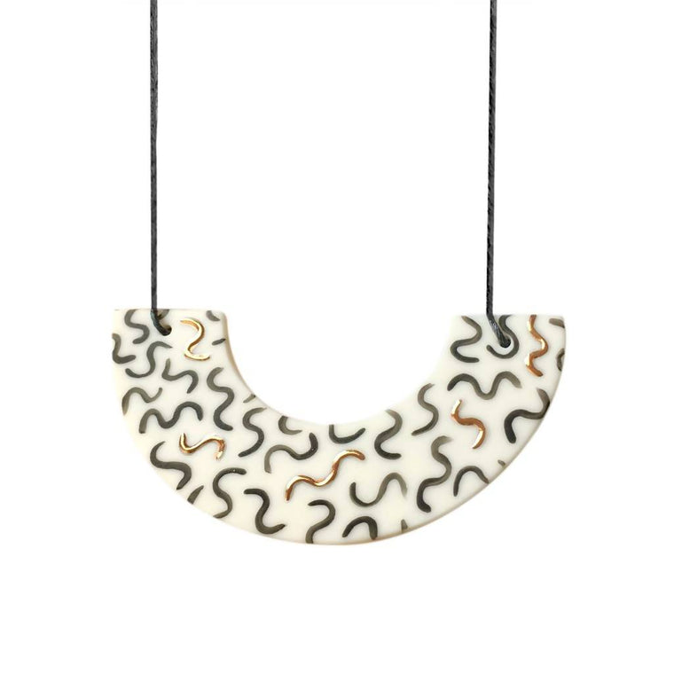 Fleck Necklace - Arc - Noodle