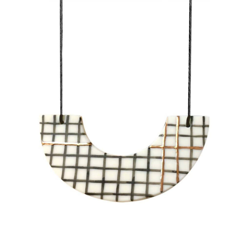 Fleck Necklace - Arc - Grid