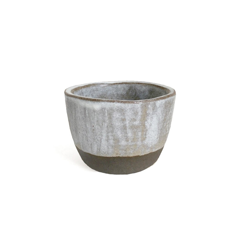 Ceramic cup in warm grey + misty white