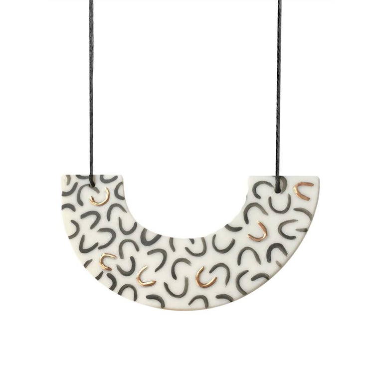 Fleck Necklace - Arc - Curve