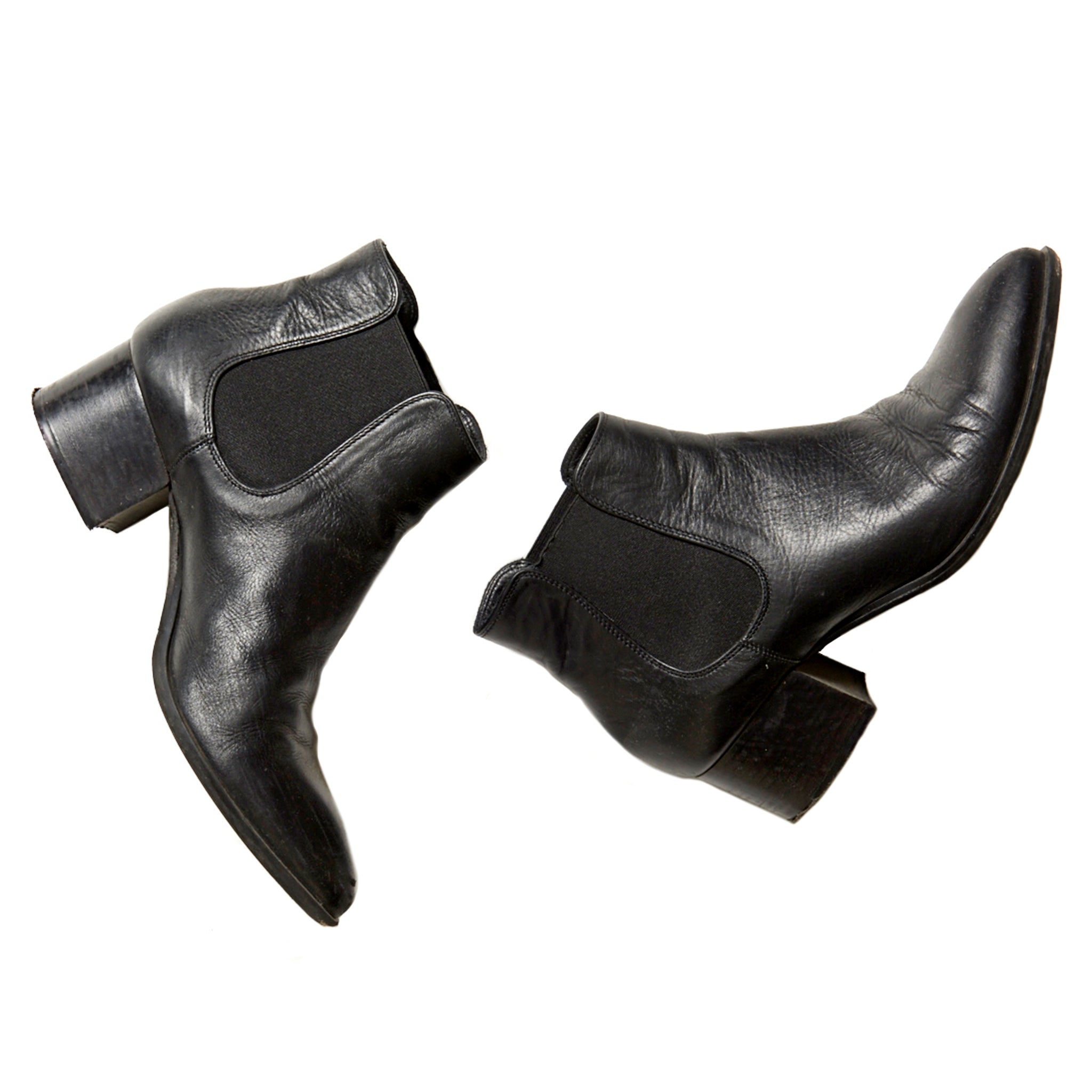 Pointy Black Chelsea Boots