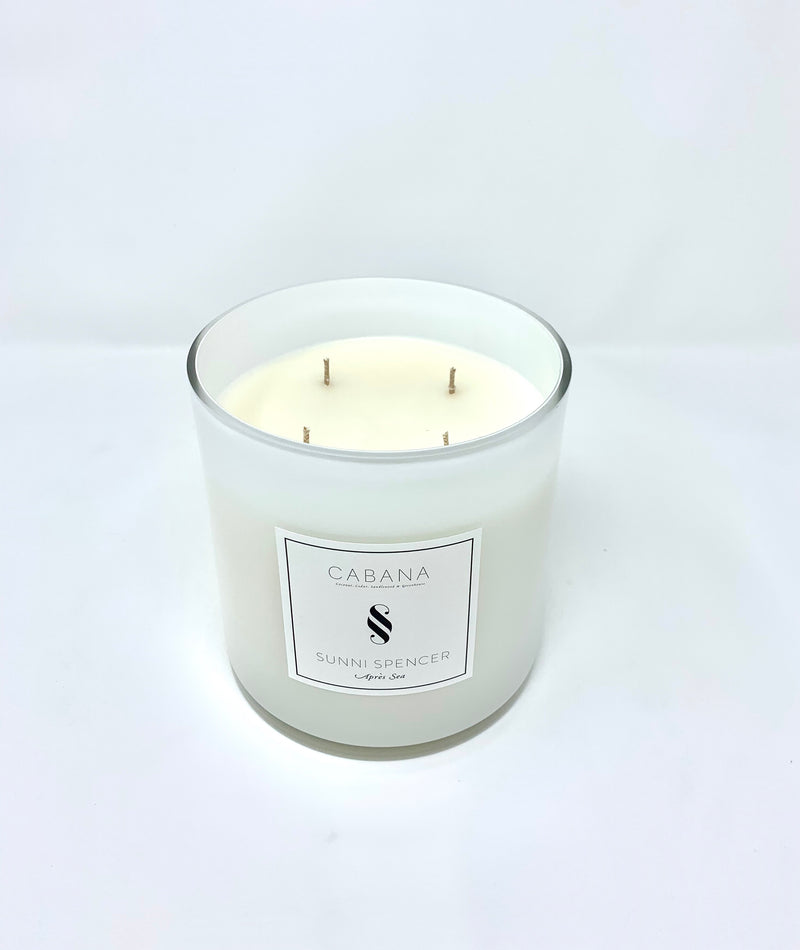 "Sunni Spencer Grand Candle ""Cabana"" White Gloss"