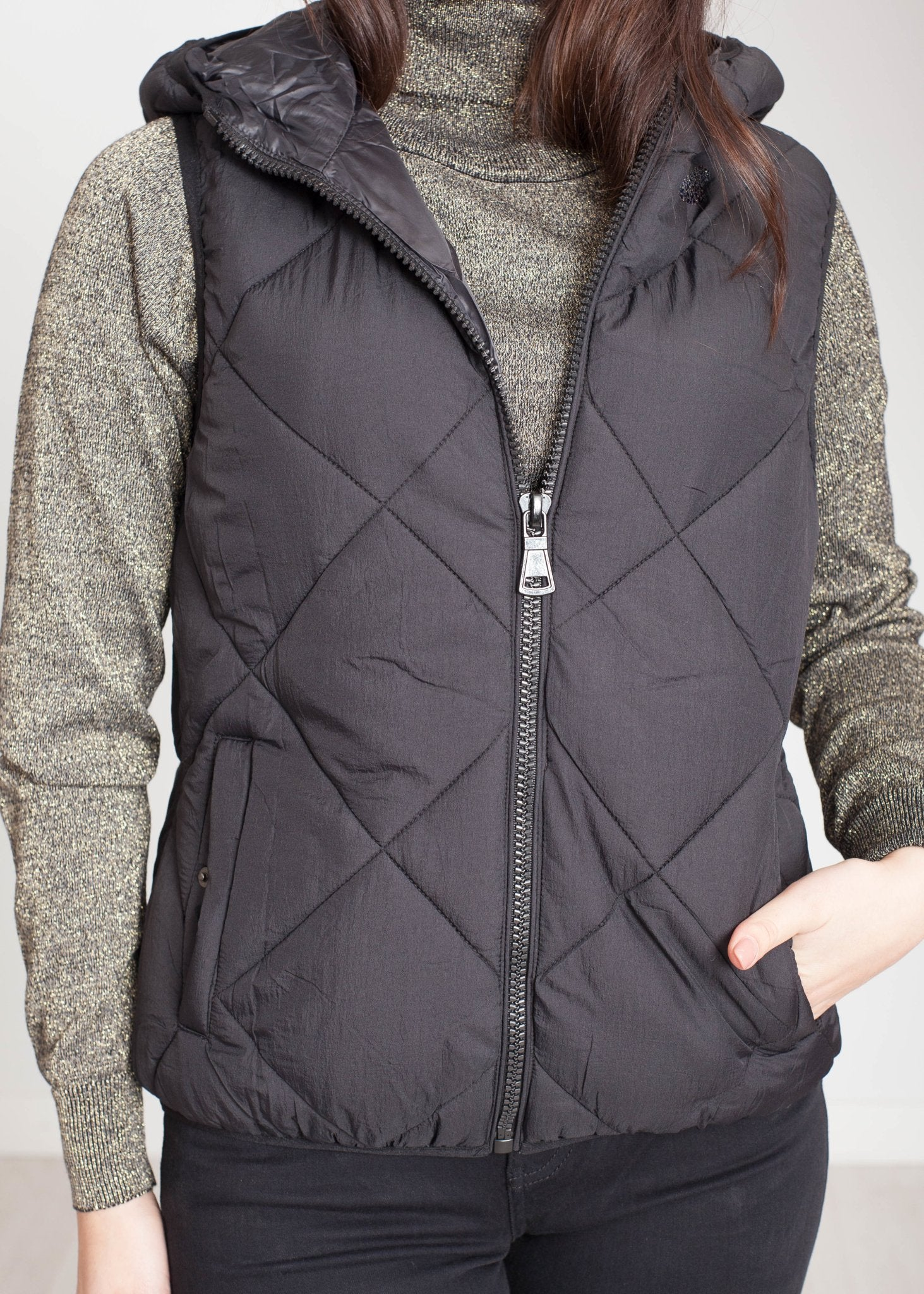 Alba Hooded Gilet In Black - The Walk in Wardrobe