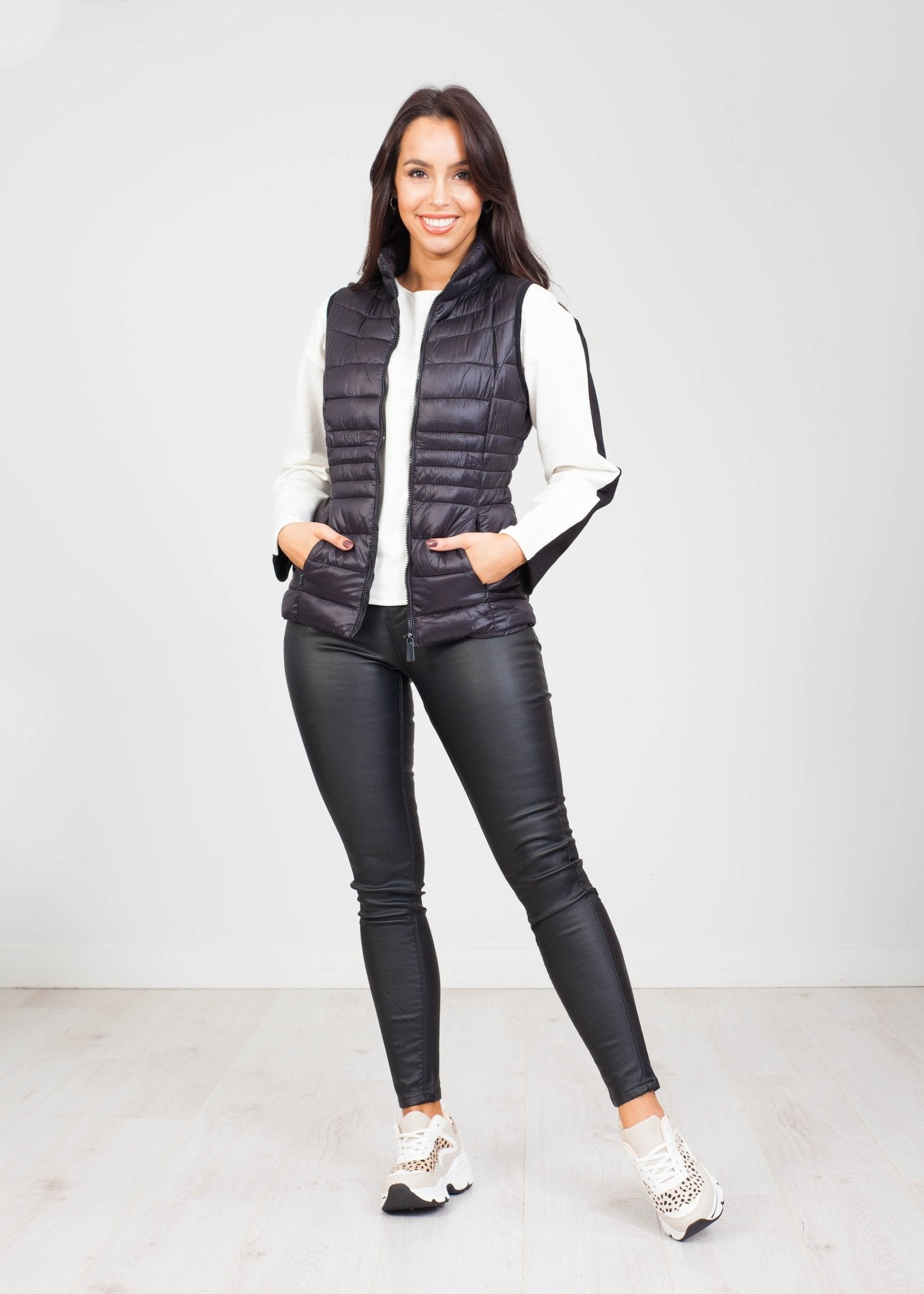 Alba Short Gilet in Black - The Walk in Wardrobe