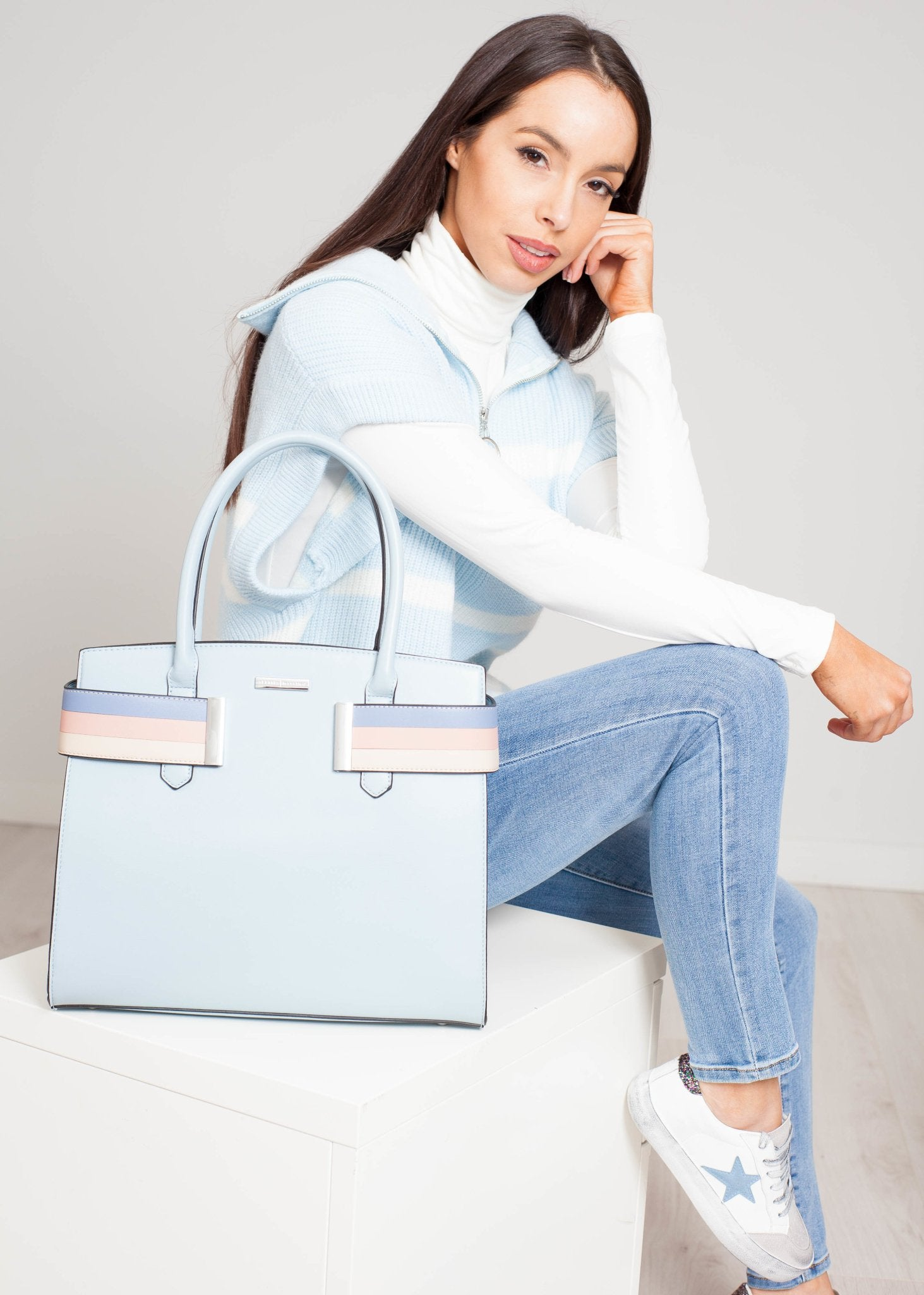 Alex Tote Bag In Powder Blue - The Walk in Wardrobe