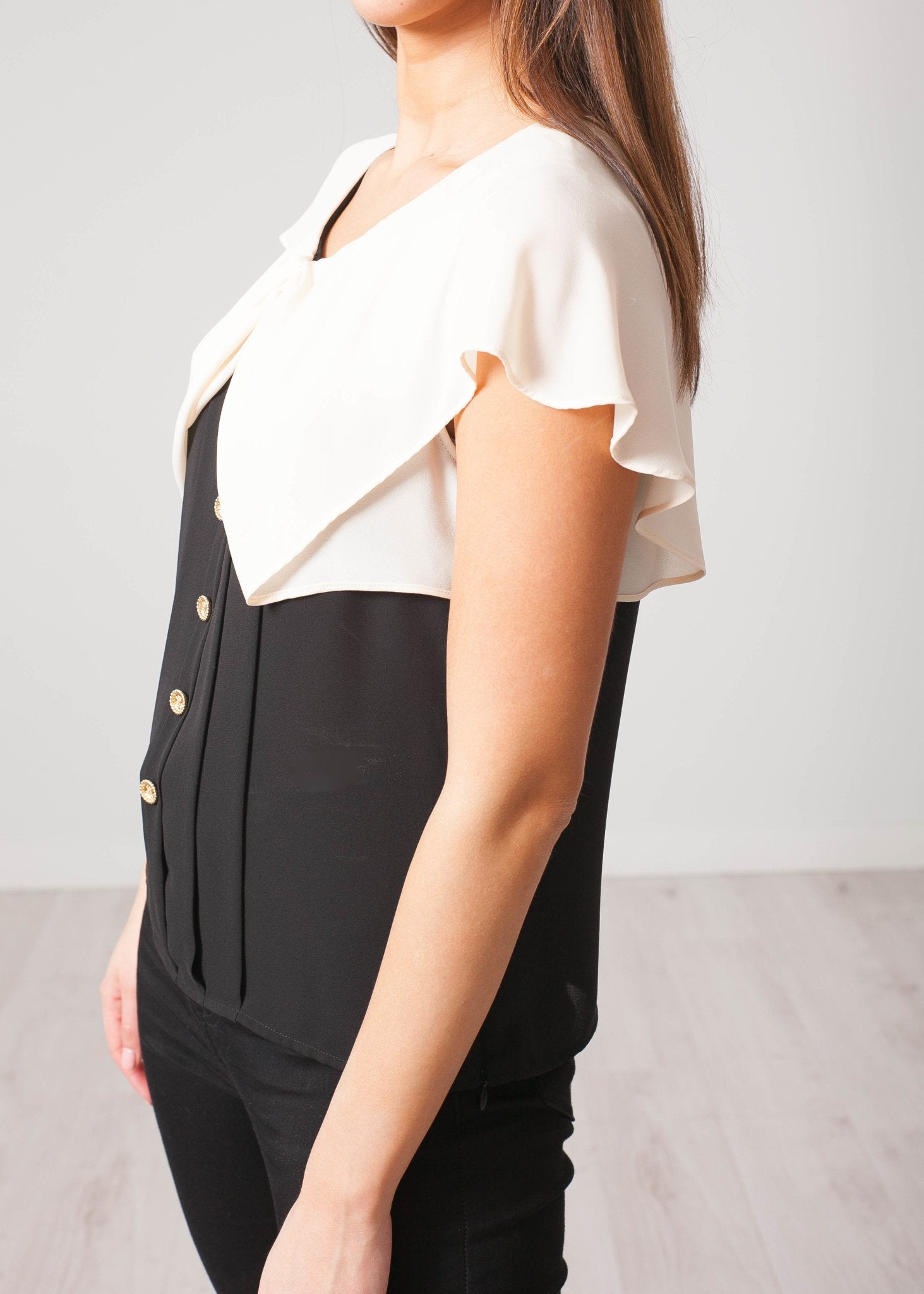Aliyah Cream & Black Blouse - The Walk in Wardrobe