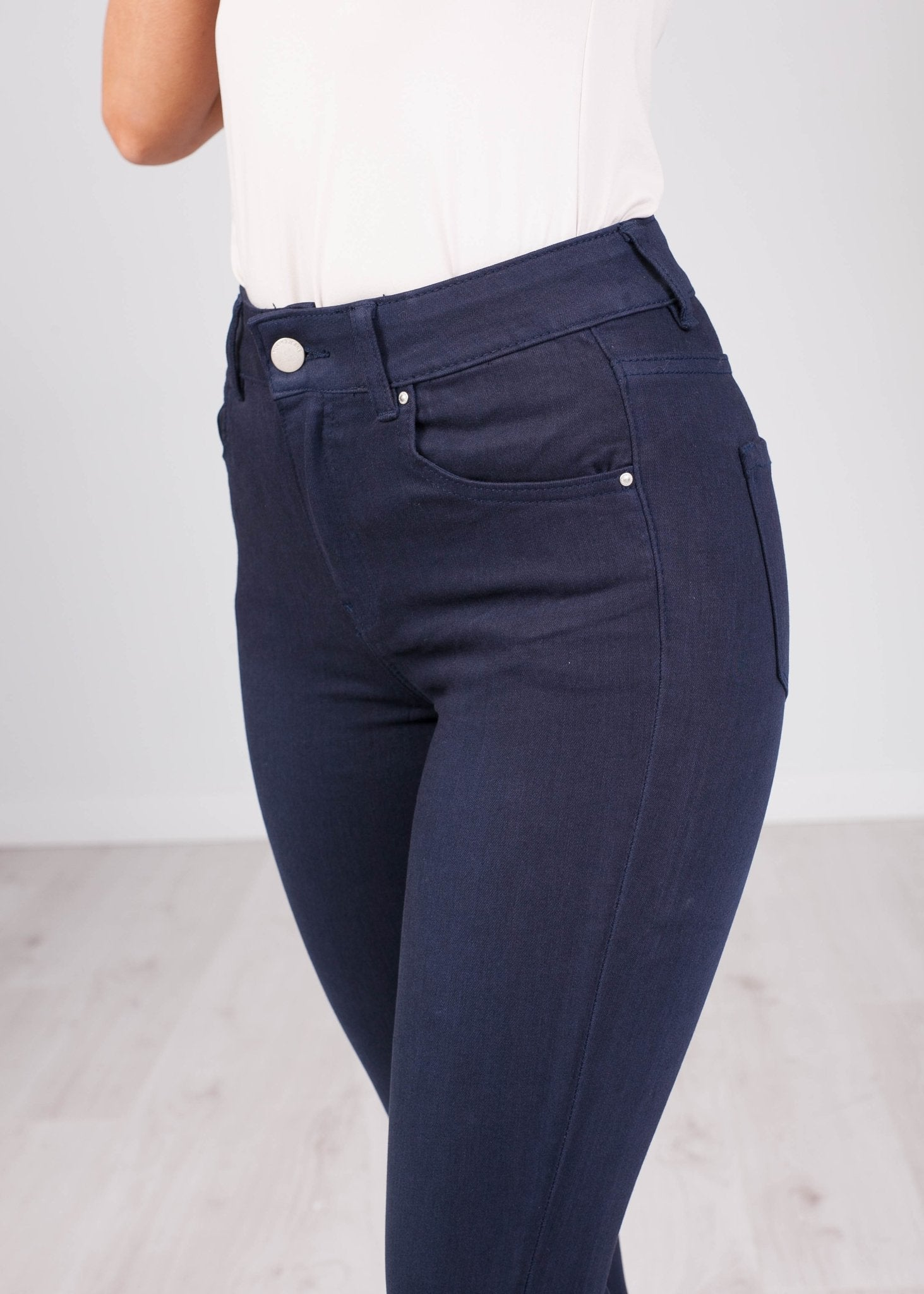 'Anna' Navy Jeans - The Walk in Wardrobe