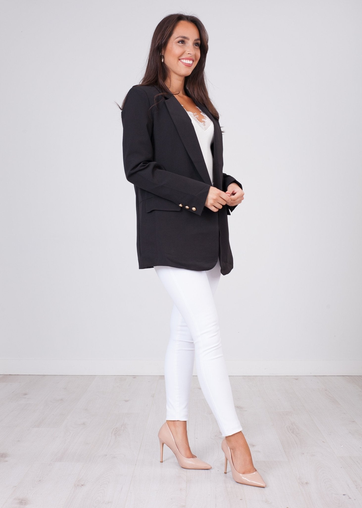 Arabella Black Boyfriend Blazer - The Walk in Wardrobe
