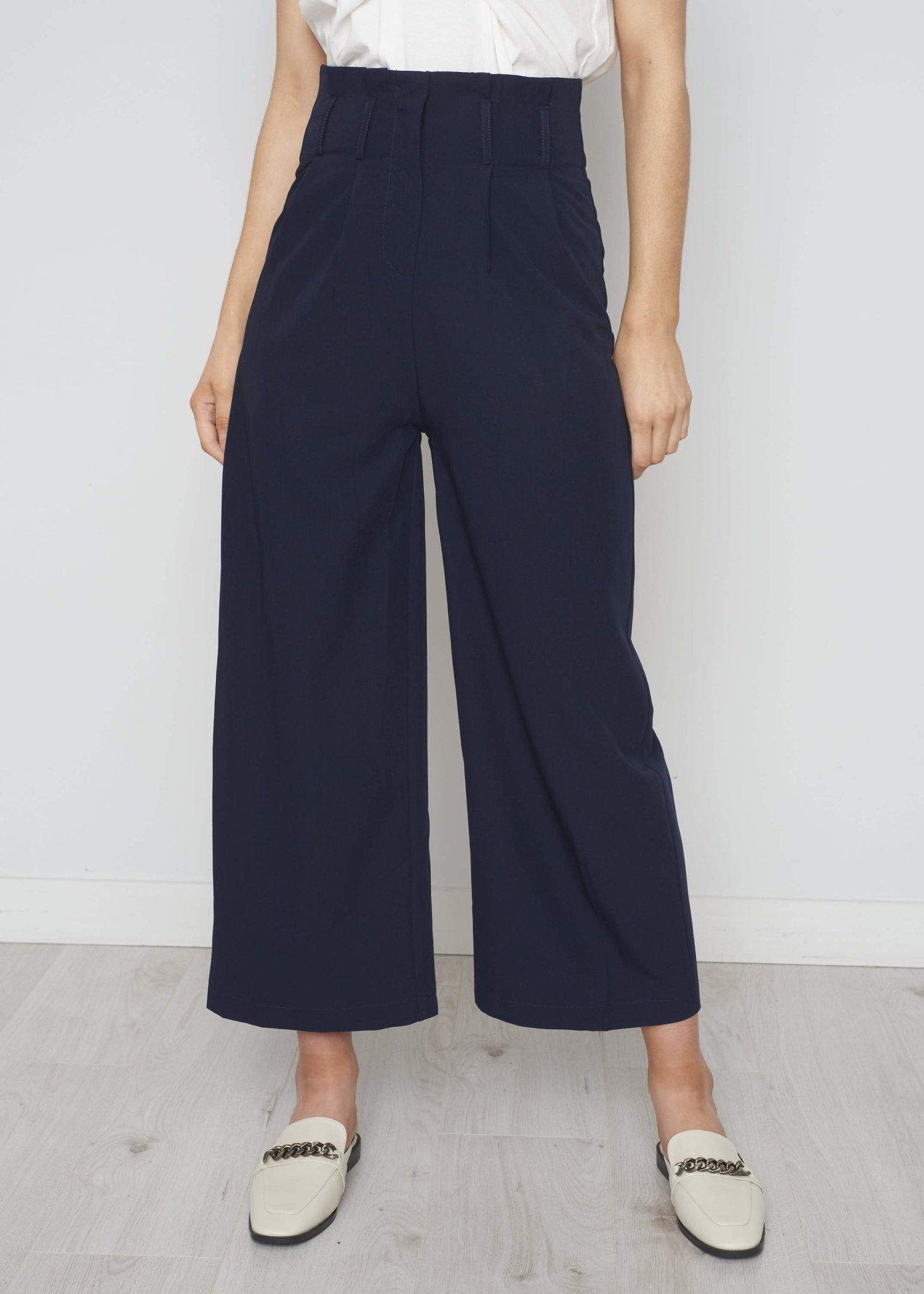 Becca Wide Leg Trouser In Navy - The Walk in Wardrobe