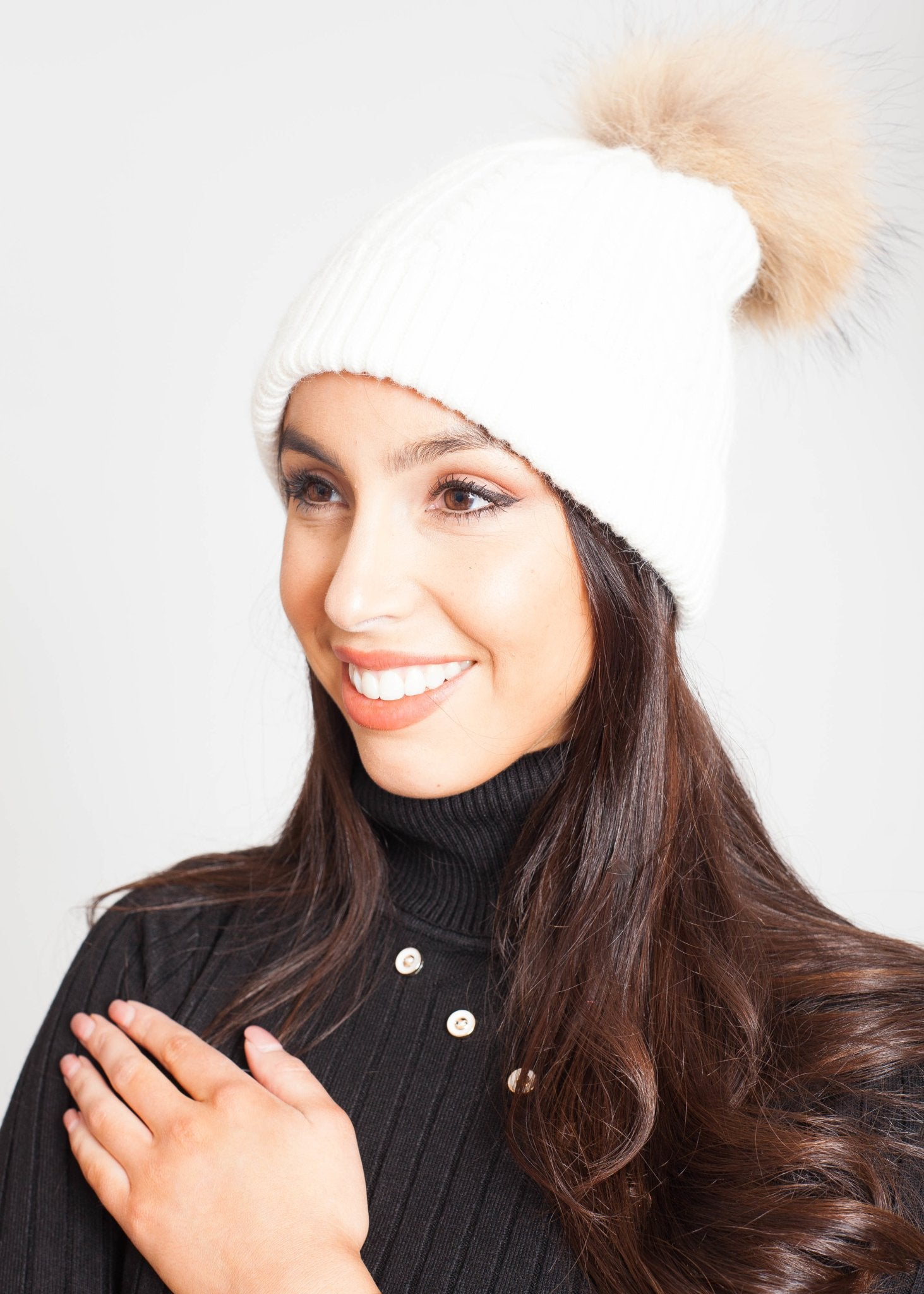 Blair Cable Hat In Winter White - The Walk in Wardrobe