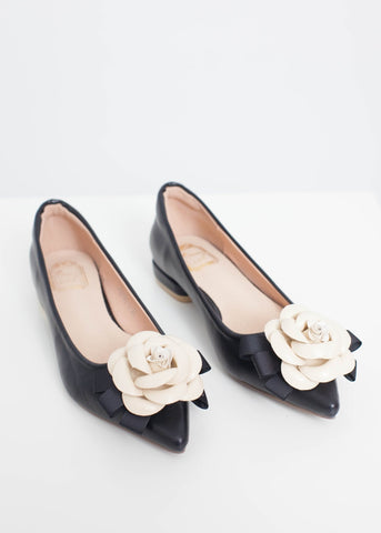 Blair Pointed Flats With Rose In Black - The Walk in Wardrobe