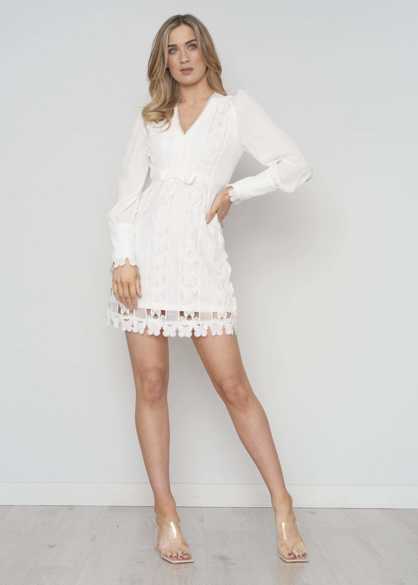 Casey Broderie Anglaise Dress In White - The Walk in Wardrobe