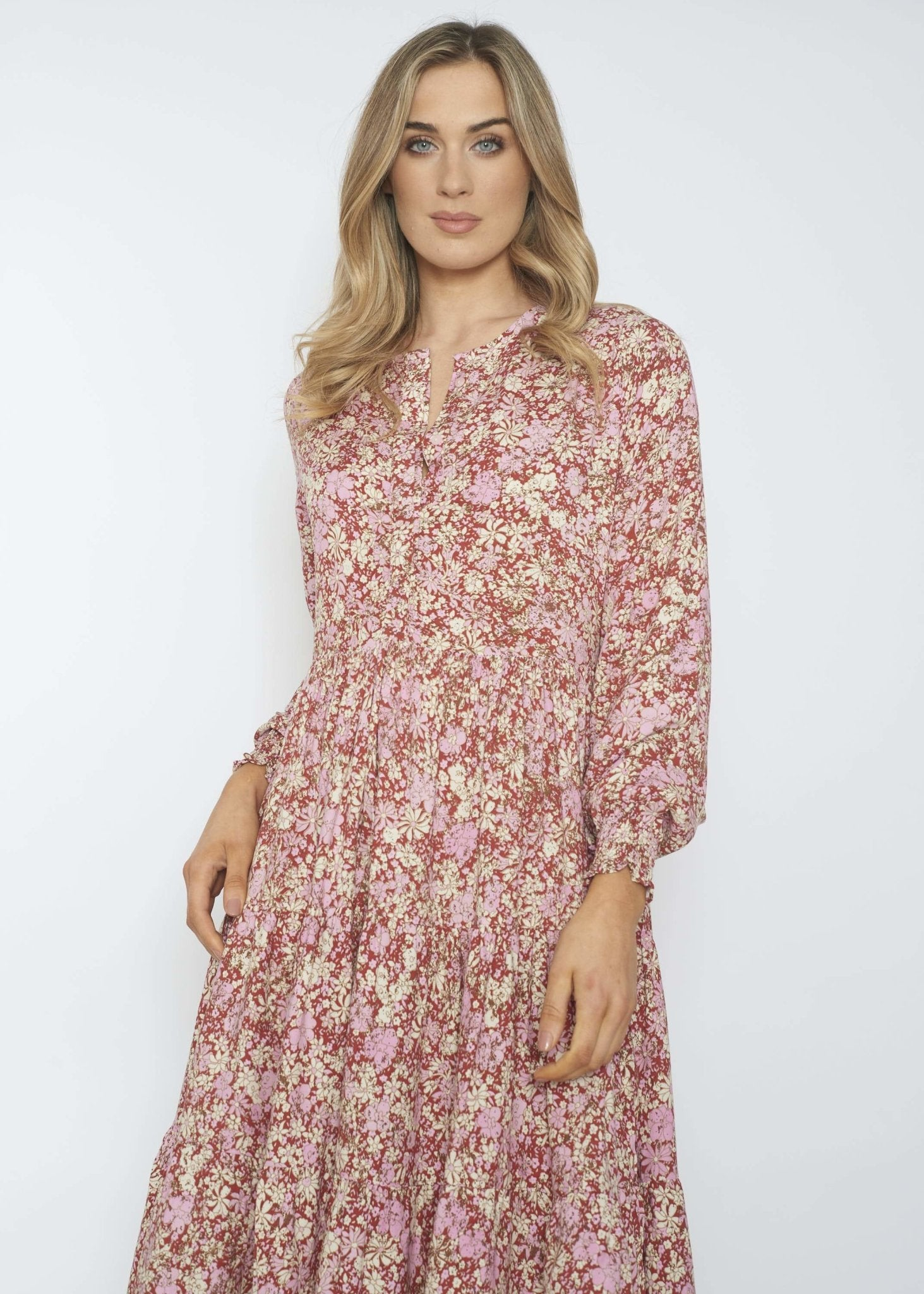 Casey Tiered Floral Dress In Red Mix - The Walk in Wardrobe