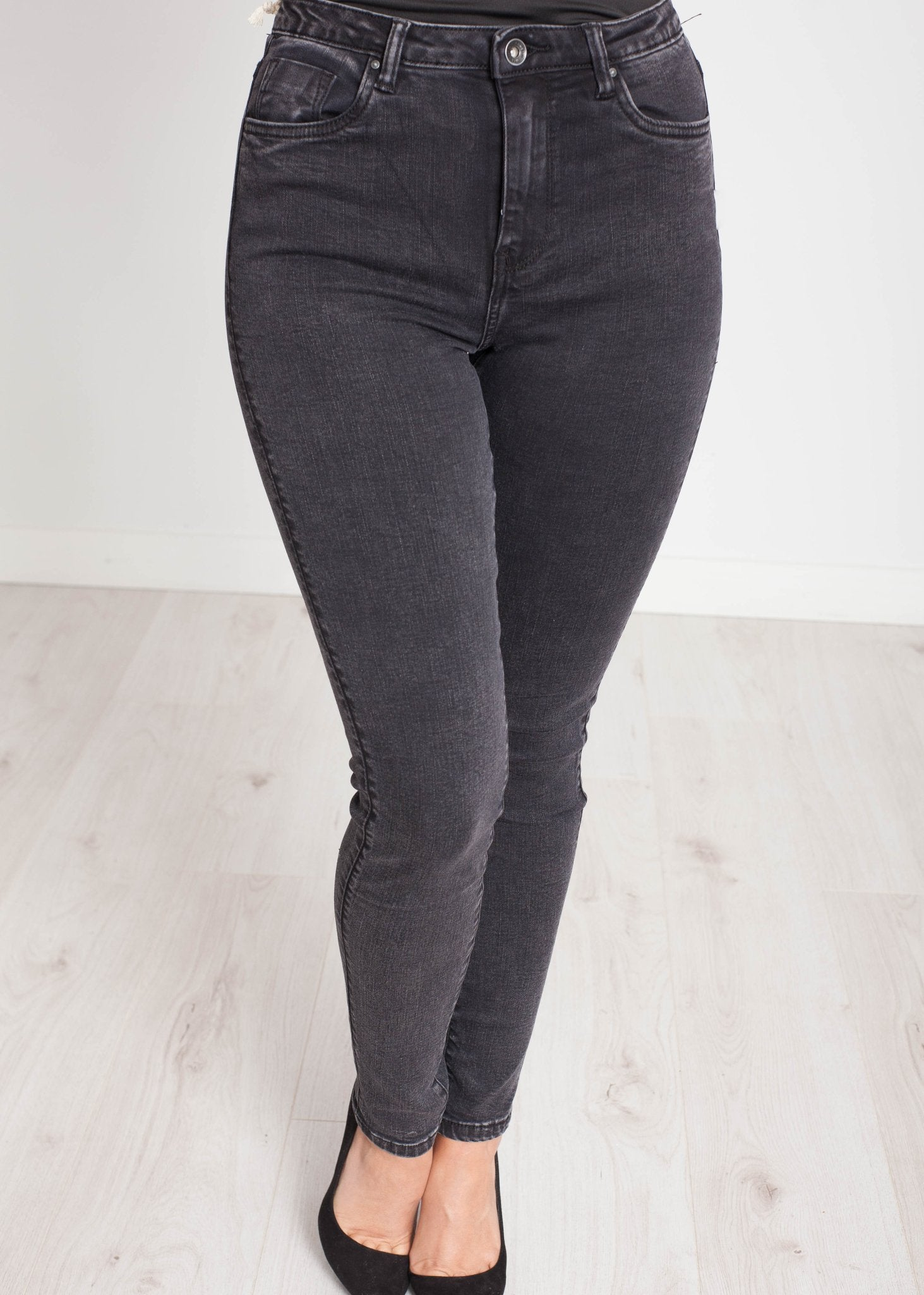 Charlotte High Waist Jean In Black Wash - The Walk in Wardrobe