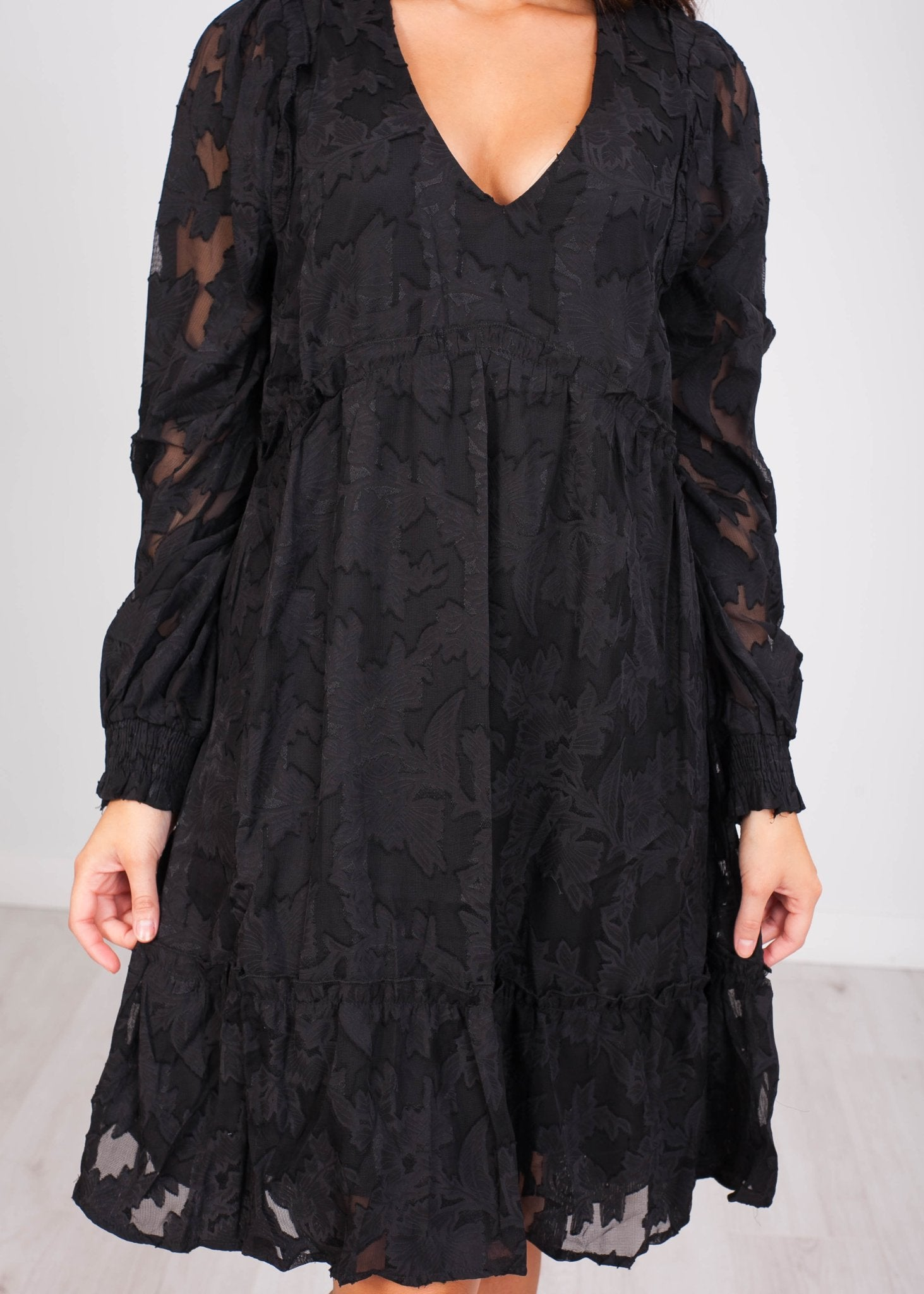 Cherie Black Lace Dress - The Walk in Wardrobe