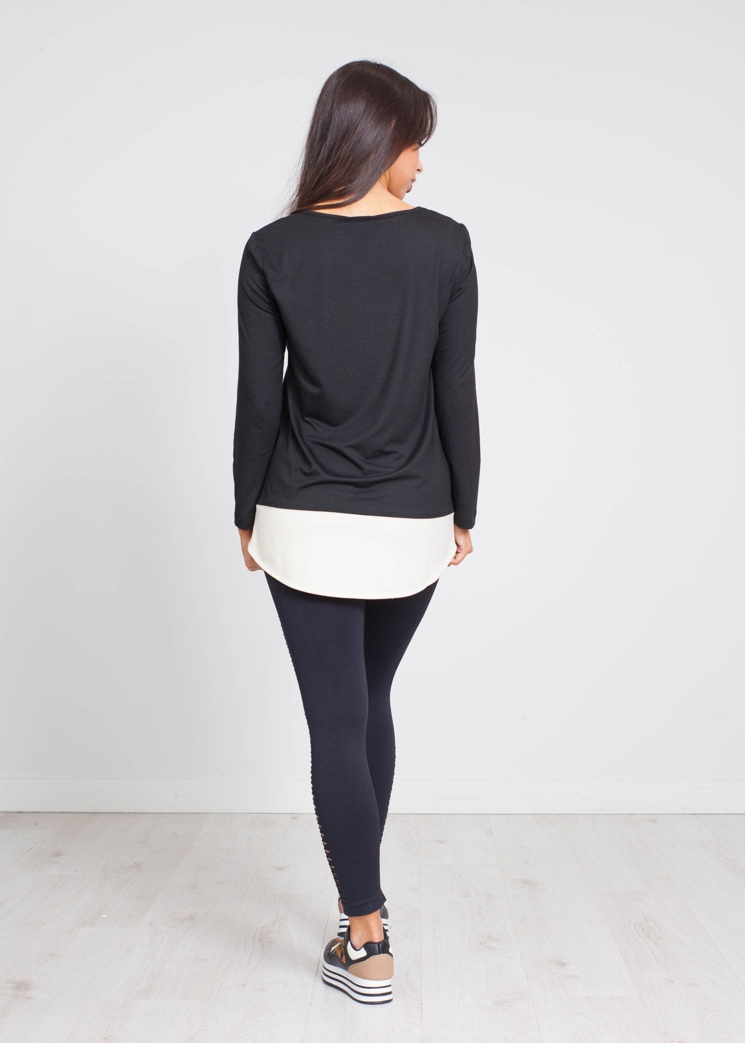 Cleo Contrast Trim Top In Black - The Walk in Wardrobe