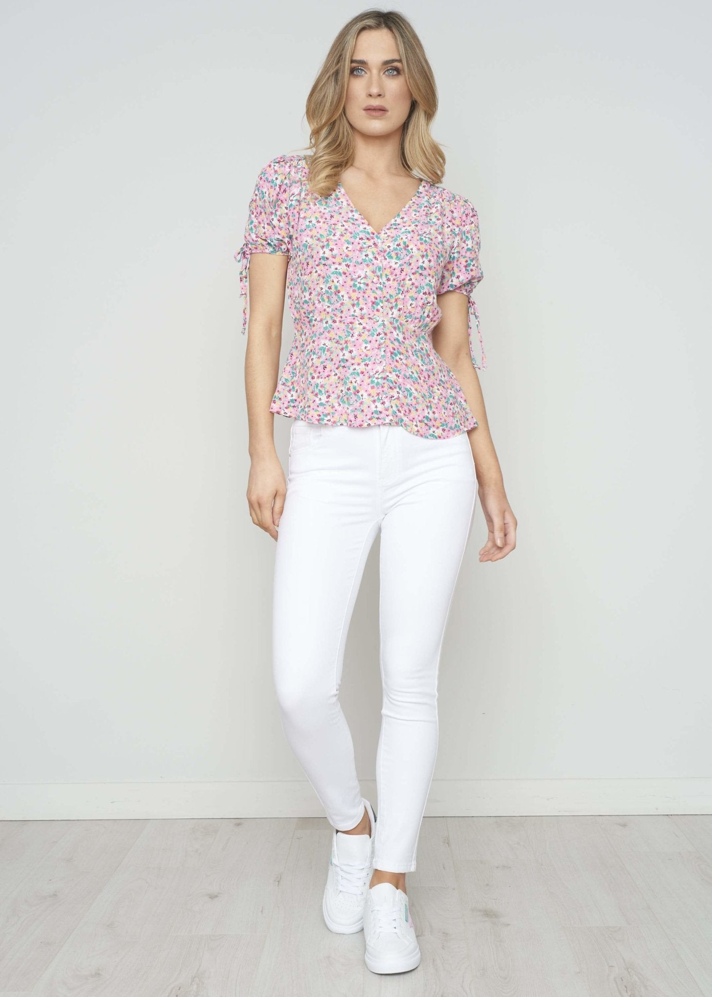 Danni Floral Blouse In Pink Mix - The Walk in Wardrobe