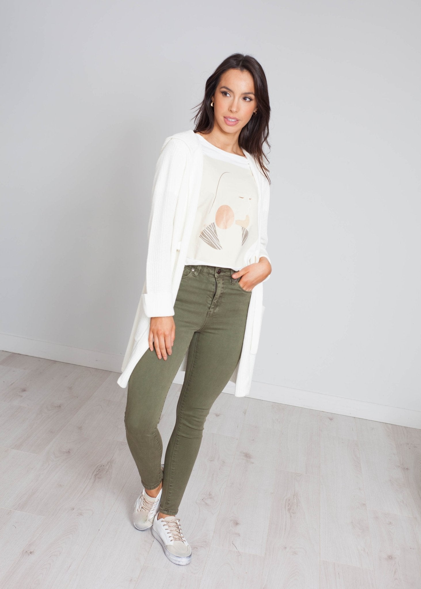 Darcey Ribbed Cardigan In Cream - The Walk in Wardrobe