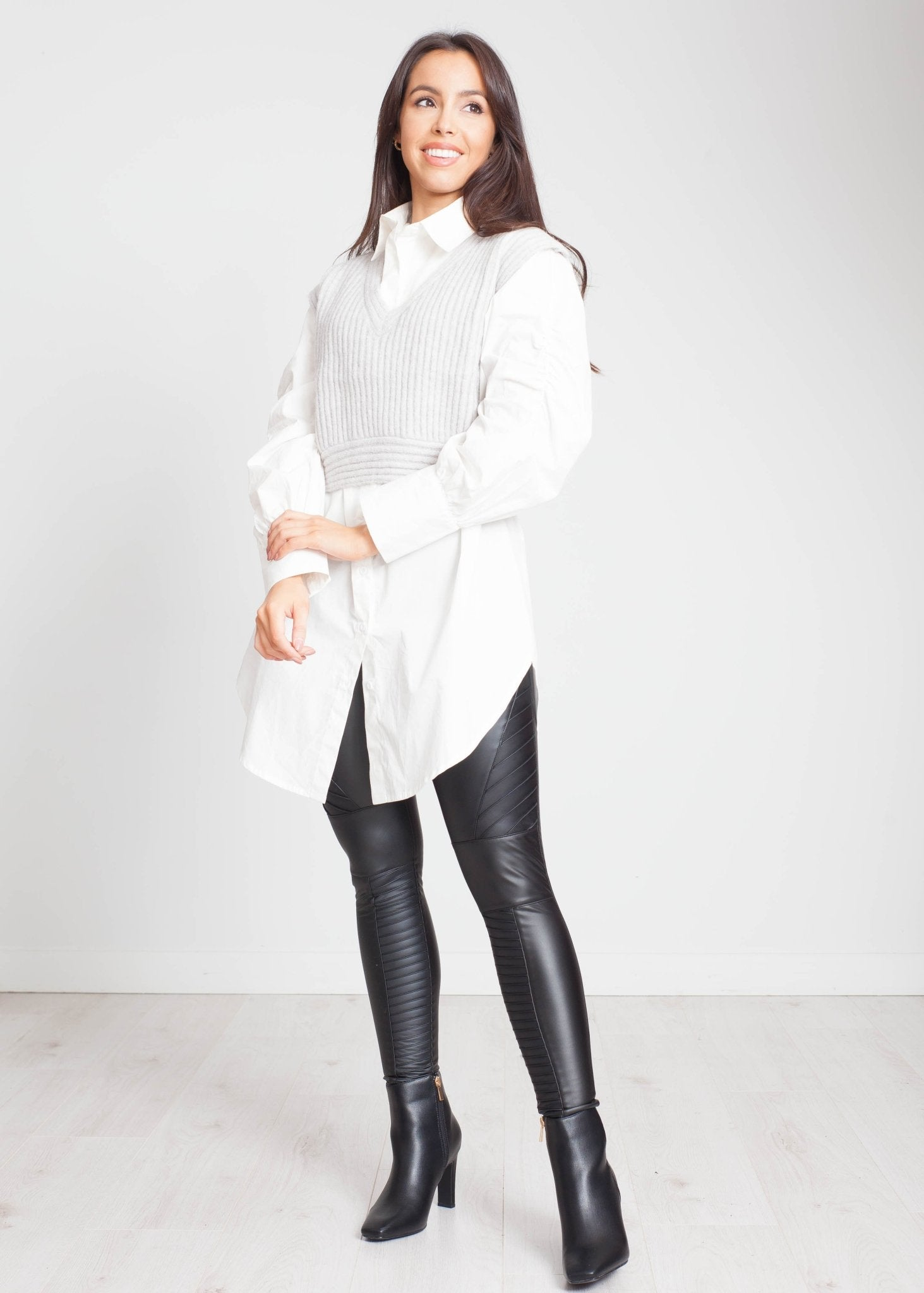 Elsa Oversized Shirt In White - The Walk in Wardrobe