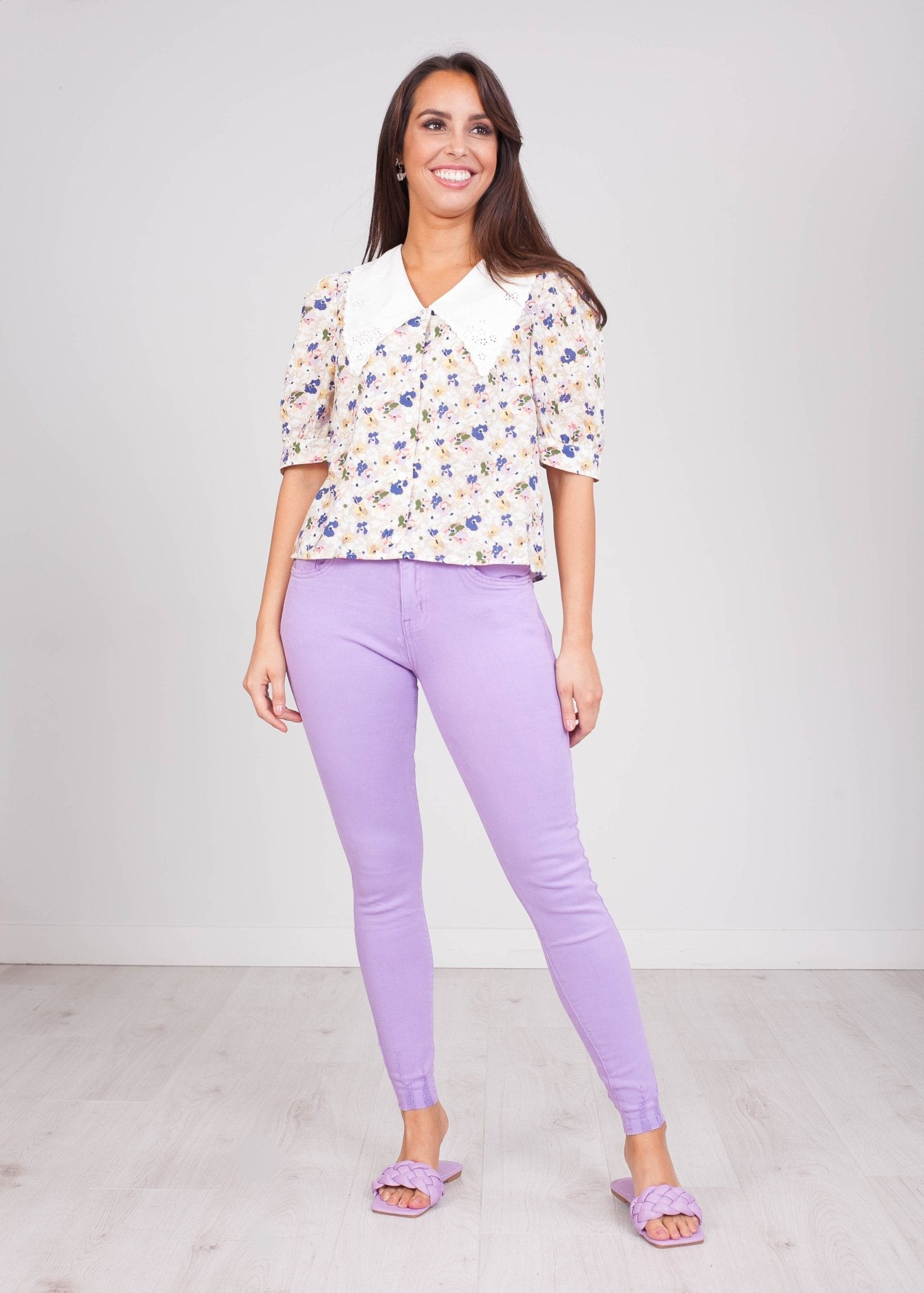 Emilia Floral White Collar Blouse - The Walk in Wardrobe