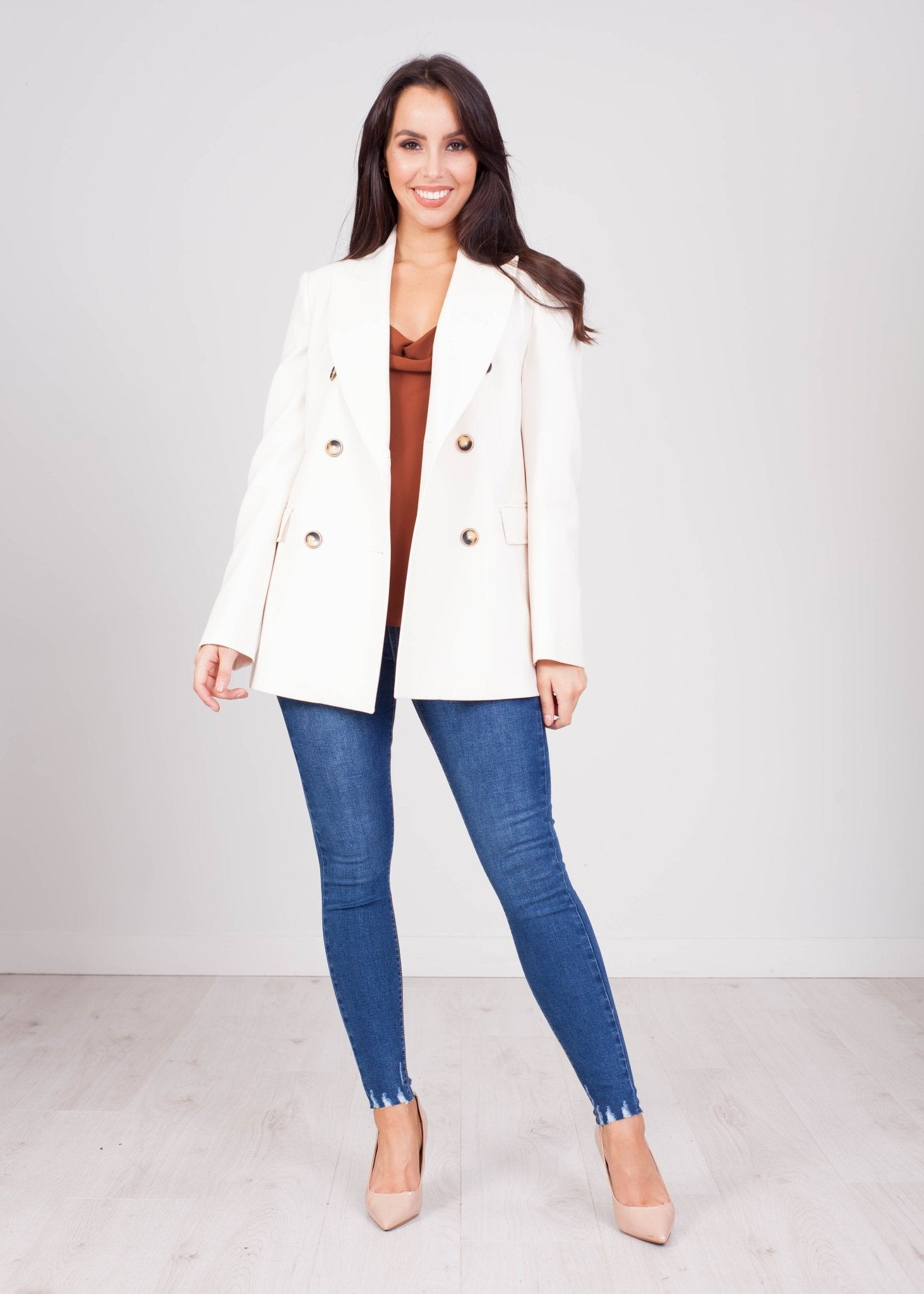 Eva Cream Blazer - The Walk in Wardrobe