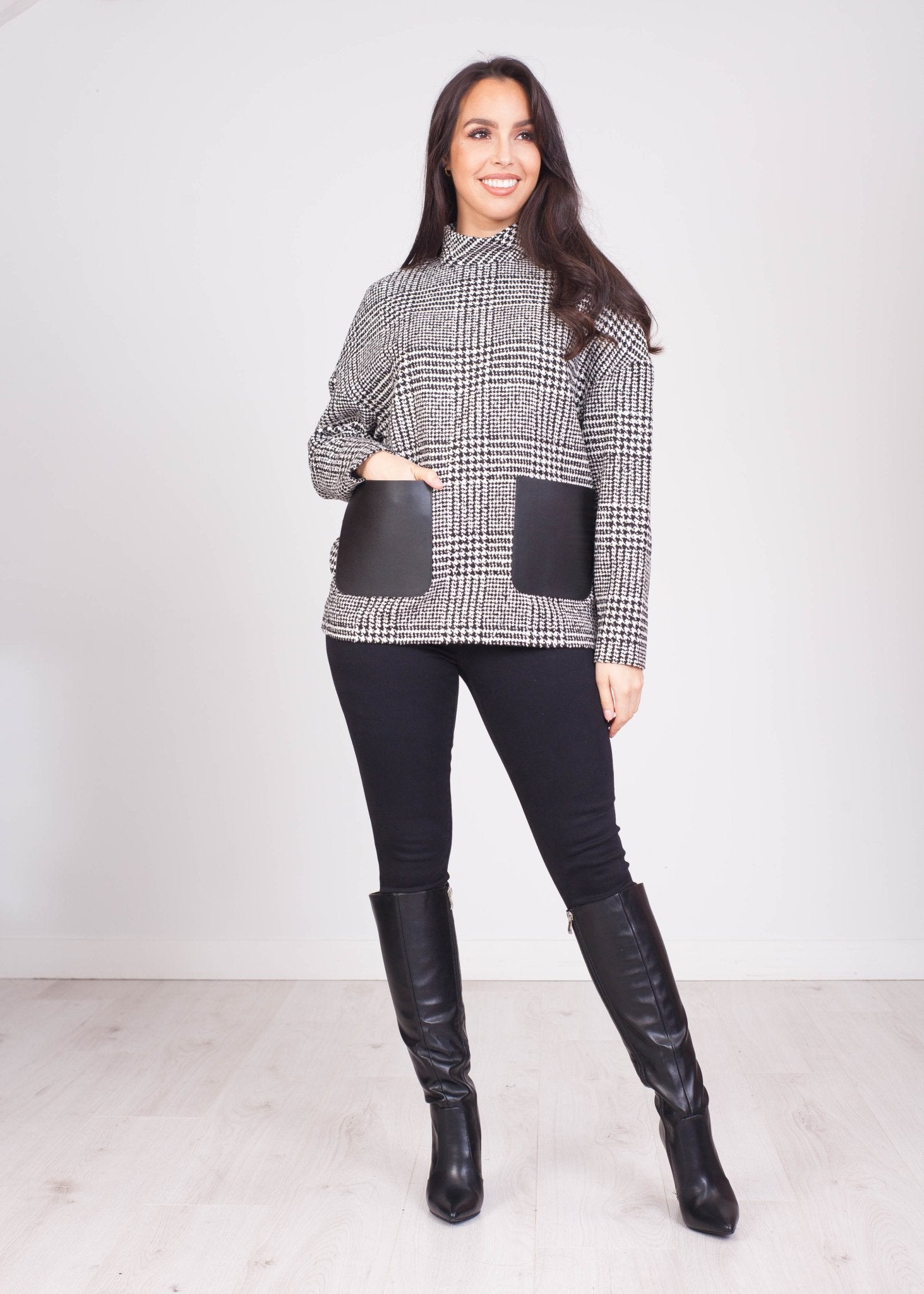 Eva Houndstooth Pullover - The Walk in Wardrobe