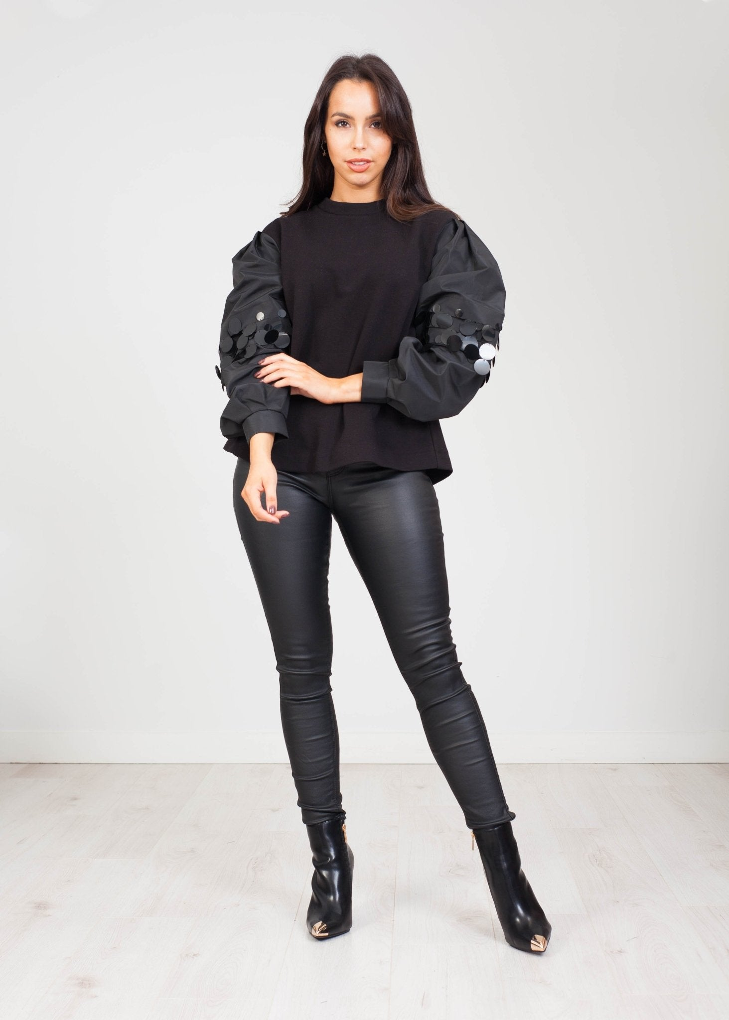 Eva Jumper with Sequins in Black - The Walk in Wardrobe
