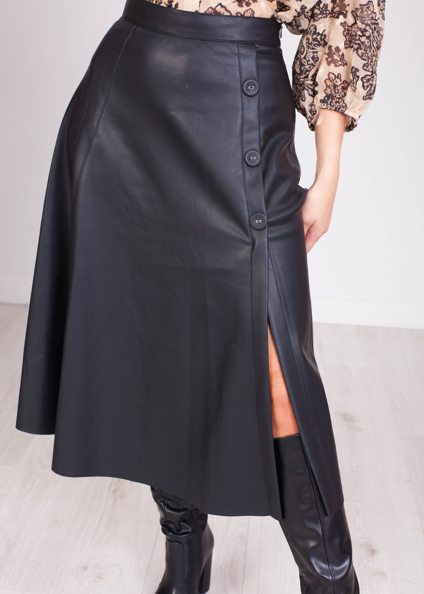 Faye A-Line Button Down Midi Skirt - The Walk in Wardrobe