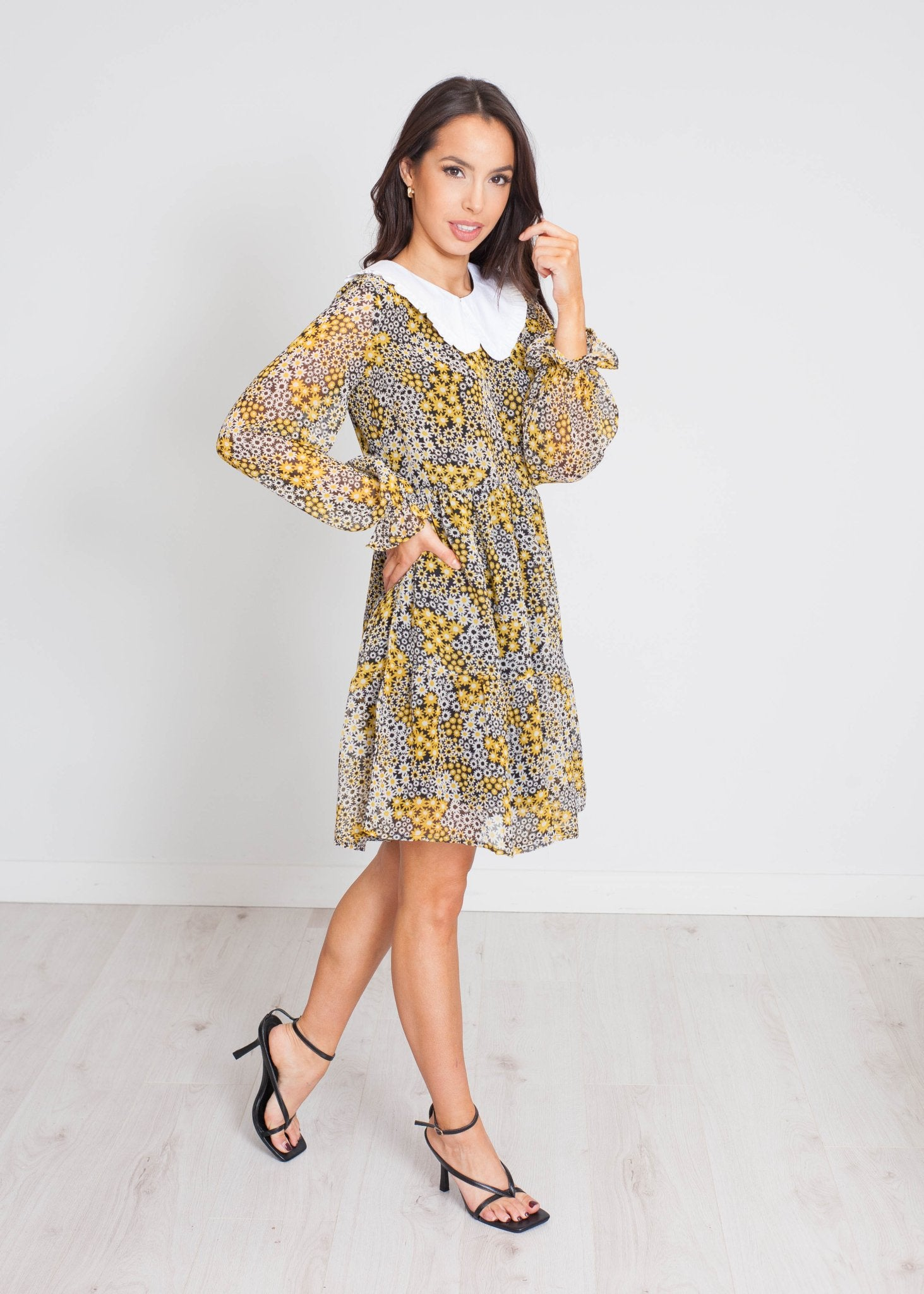 Freya Floral Dress With Collar In Black Mix - The Walk in Wardrobe