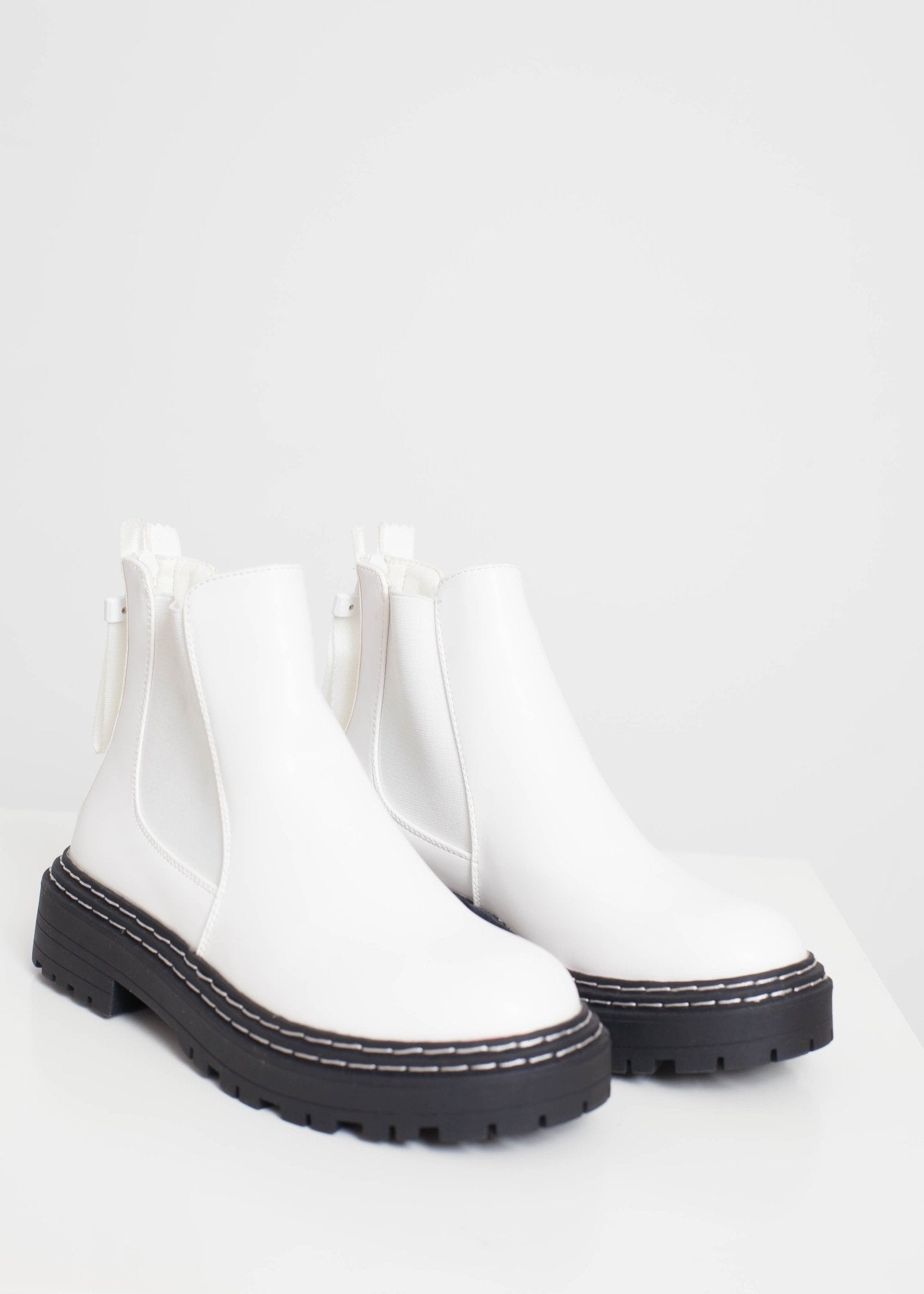 Gabby Chunky Chelsea Boot In White - The Walk in Wardrobe