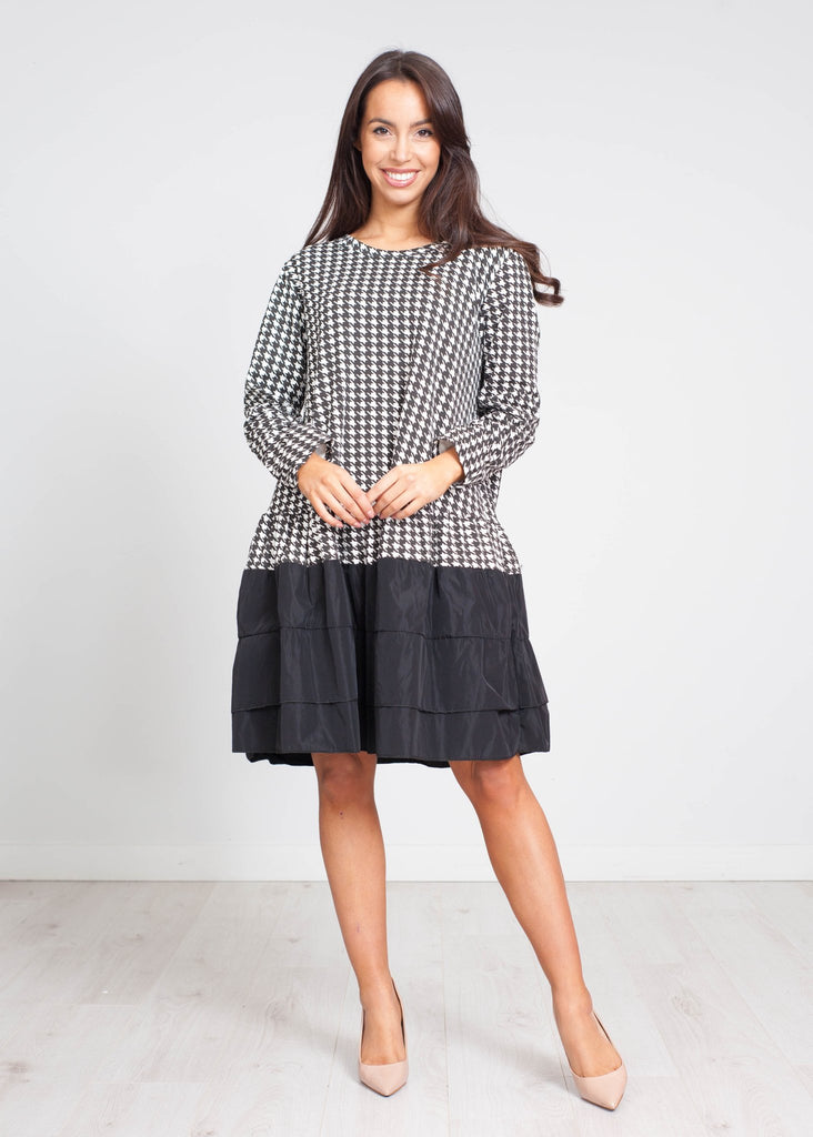 Gina Tiered Houndstooth Dress In Black - The Walk in Wardrobe