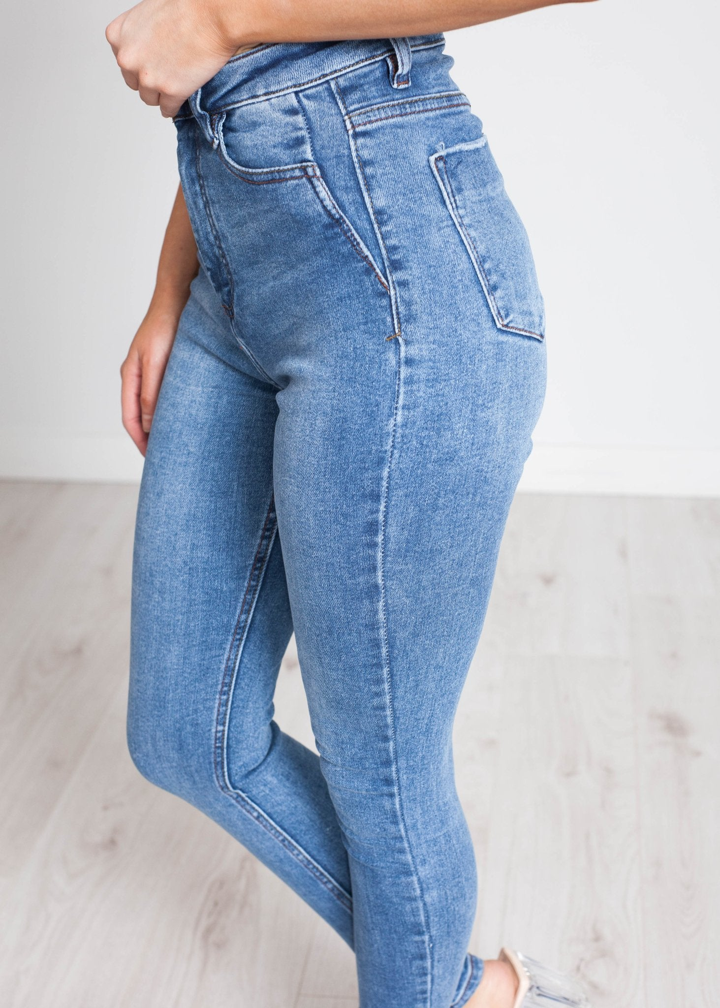 Kim High Waist Skinny Jean In Mid Wash - The Walk in Wardrobe