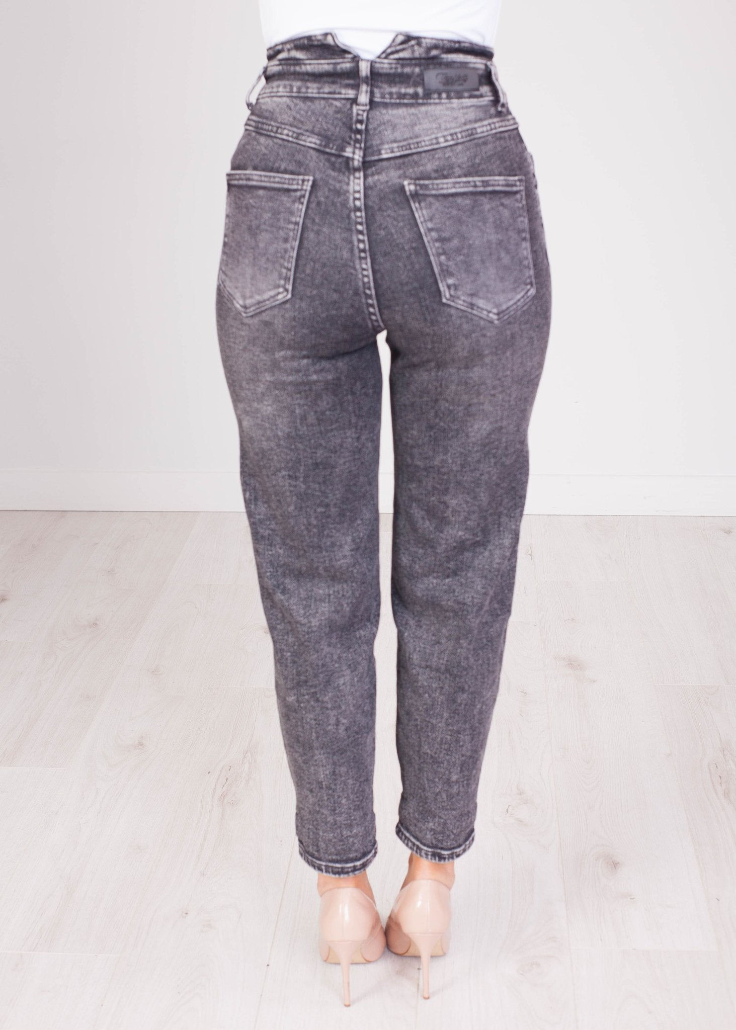 Lana Charcoal Super High Waisted Jean - The Walk in Wardrobe