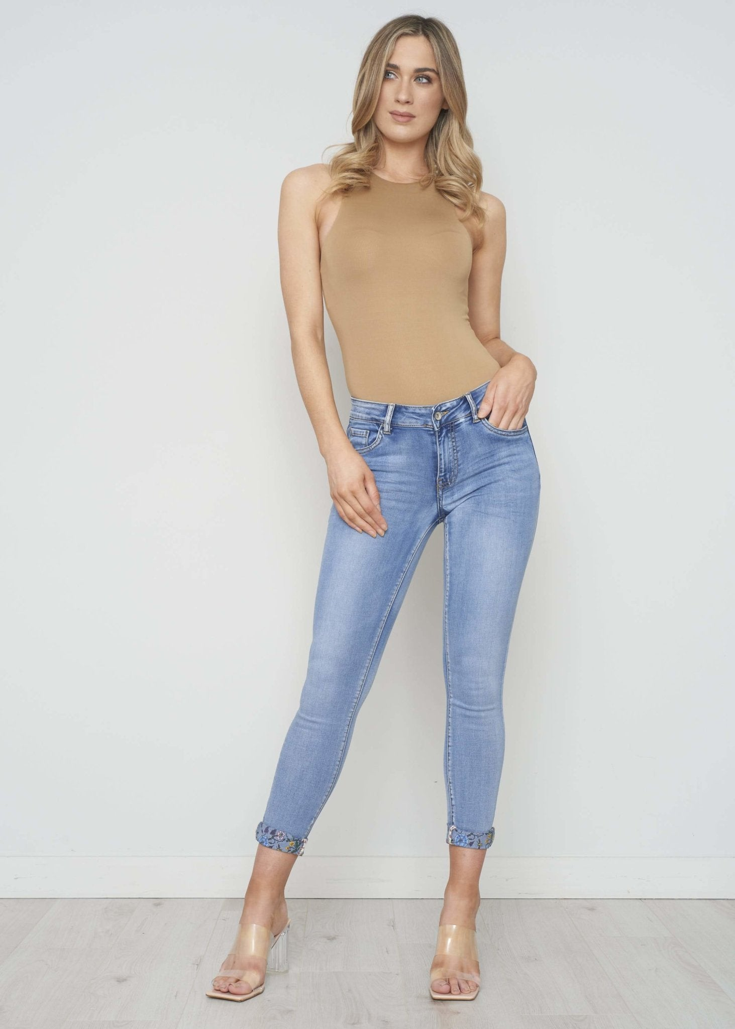 Lucy Floral Turn Up Jean In Light Wash - The Walk in Wardrobe