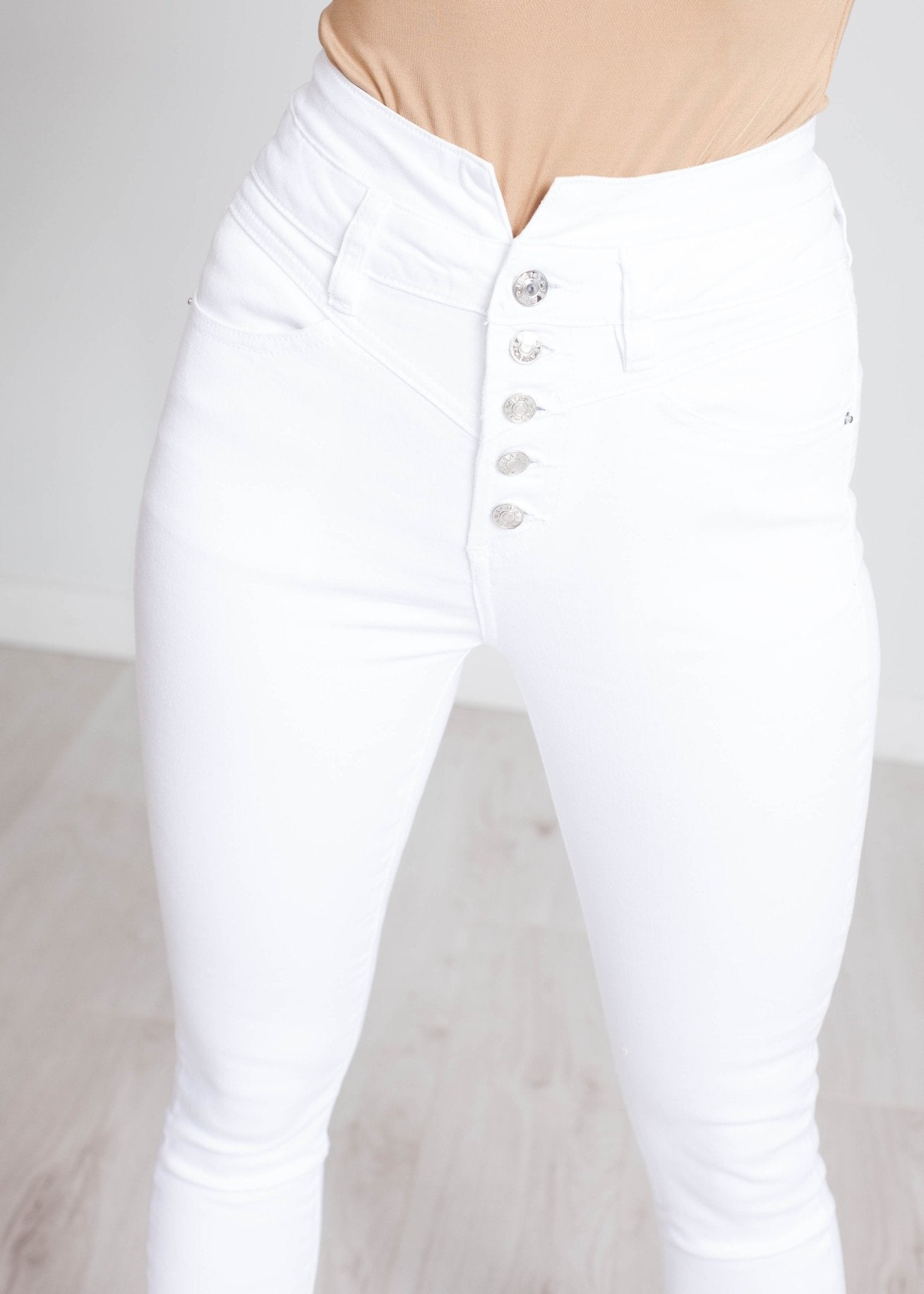 Melanie High Waist Skinny Jean In White - The Walk in Wardrobe